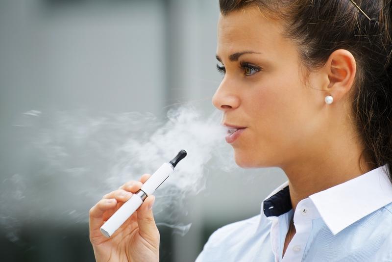 vírust találtak az elektromos cigarettában!