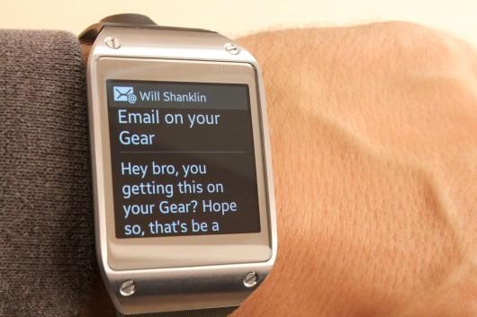 SMS küldés a Samsung okosóra segítségével